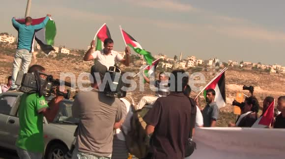 Palestinians block Apartheid Road 443 - Oct. 16, 2012