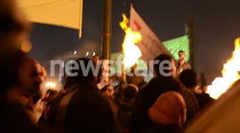 Women rescued from Tahrir mob by men with flamethrowers