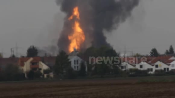 Huge fire from gas explosion in Ludwigshafen, Germany
