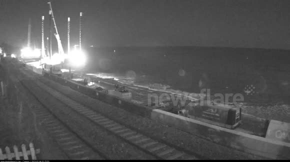 Meteor caught on Dawlish Beach Cam