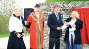 TV stars Richard Madeley and Judy Finnegan spoke at the event, praising the cross for it's Cornish heritage