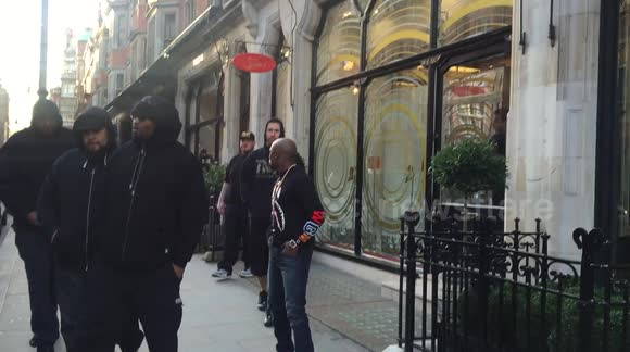Floyd Mayweather shopping at Christian Louboutin in London