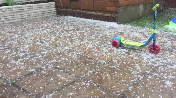 Giant hailstones hit Rochdale, UK during thunderstorm