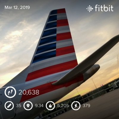 Newsflare - Grounded Boeing 737-800 at Tulsa International