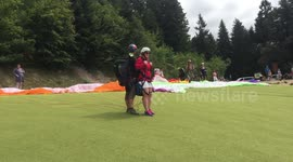 Newsflare - Tandem paragliding accident in Turkey