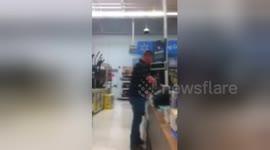 Newsflare - Walmart Bad Customer Service