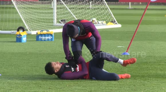 Newsflare England Training Drills Expertly Carried Out By Jesse Lingard And Marcus Rashford