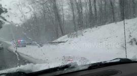 Newsflare - 6 cars crash on Merritt Parkway - today 05/09