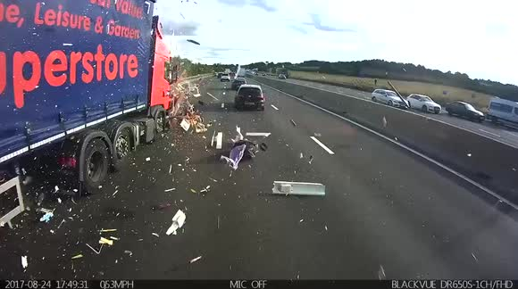 Newsflare - Truck completely demolishes caravan in collision