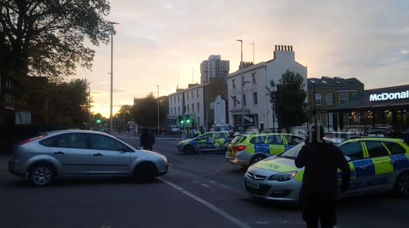 Newsflare - Wandsworth Road closed in both directions after