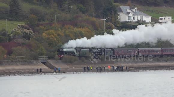 Newsflare - The Flying Scotsman steam engine runs again through Devon