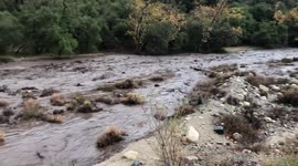 Newsflare - Footage shows fast-moving mud and debris flow as heavy