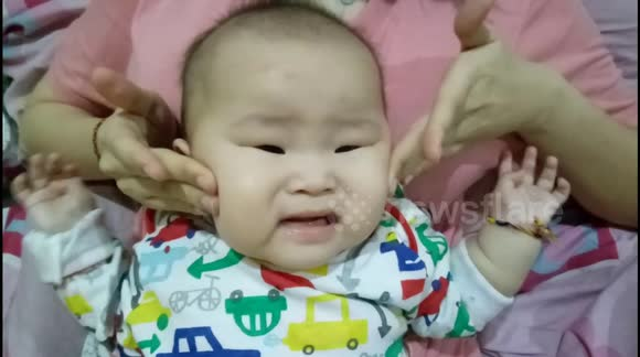 Video Based Therapy May Help Babies At >> Newsflare This Baby Hates Face Massage