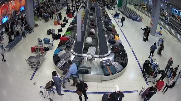 Newsflare - UNEDITED: German thief, 39, caught on CCTV