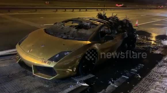 Newsflare Uk Driver Left Gutted After 163 000 Lamborghini