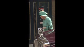 Newsflare - Royal Ascot 2018 Day 2: Queen arrives as part of royal