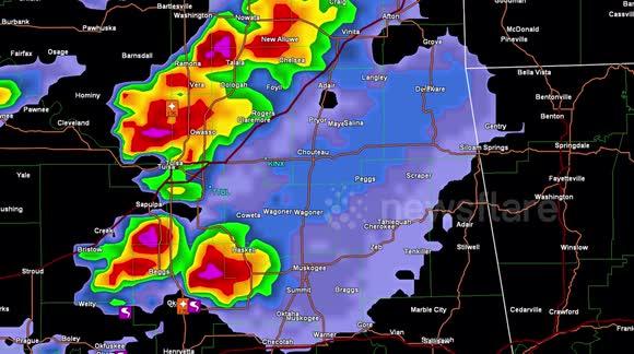 Newsflare - Tornado warned severe thunderstorms on doppler