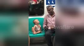 Newsflare - Heartwarming moment man and little girl watch 'Tom