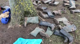 Newsflare - Thousands of abandoned wellies collected for