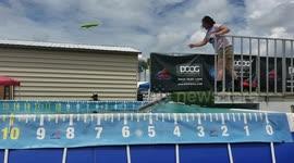 Newsflare - Dog makes tiny splash during Florida dock diving