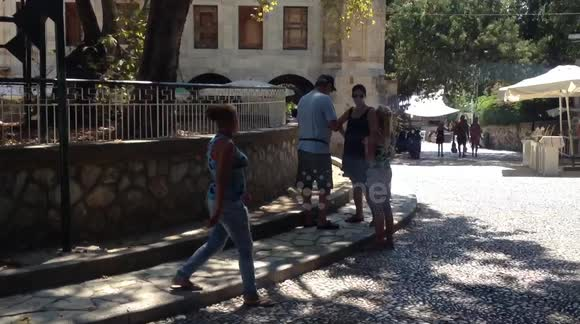 Newsflare - Romanian beggars at Kos, Greece