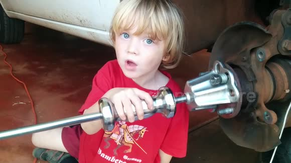 Five-year-old boy becomes a mechanic for YouTube video