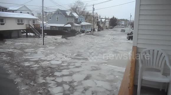 Newsflare - Ocean City, NJ flooded by US storm