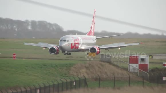 Storm Henry - plane battling with winds at Leeds Bradford Airport