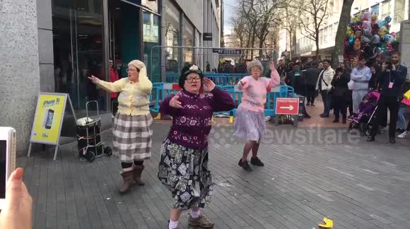 'Grannies' dance amazingly on British street