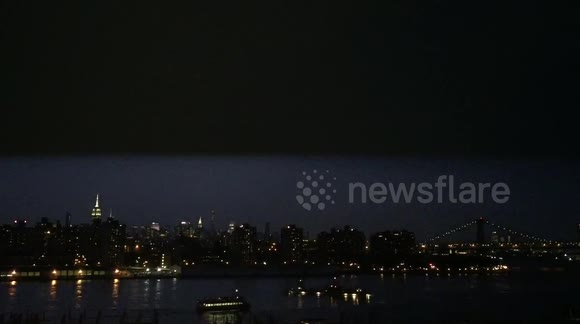 Lightning - Manhattan