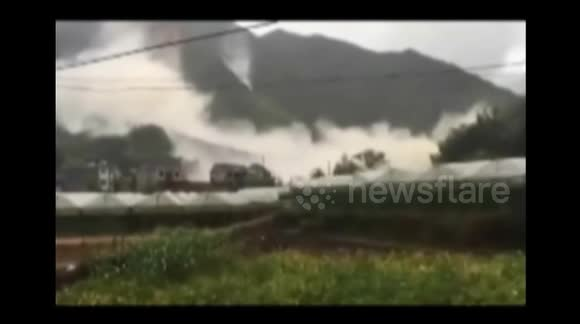 Major landslide destroys 20 houses in southern China