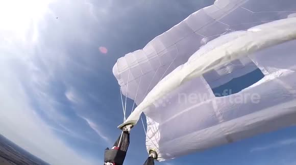 Skydiver has a terrible experience as parachute malfunctions