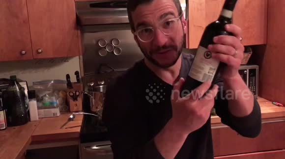 How to quickly chill a bottle of wine