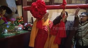 Thousands ring bell at Chinese Buddhist Temple to usher in new year